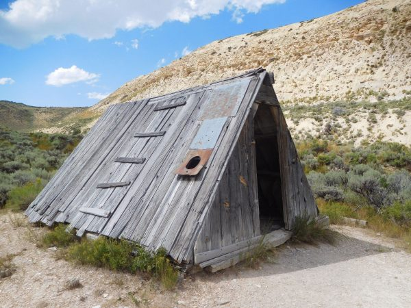 The tiny old a-frame cabin once used by a fossil hunter